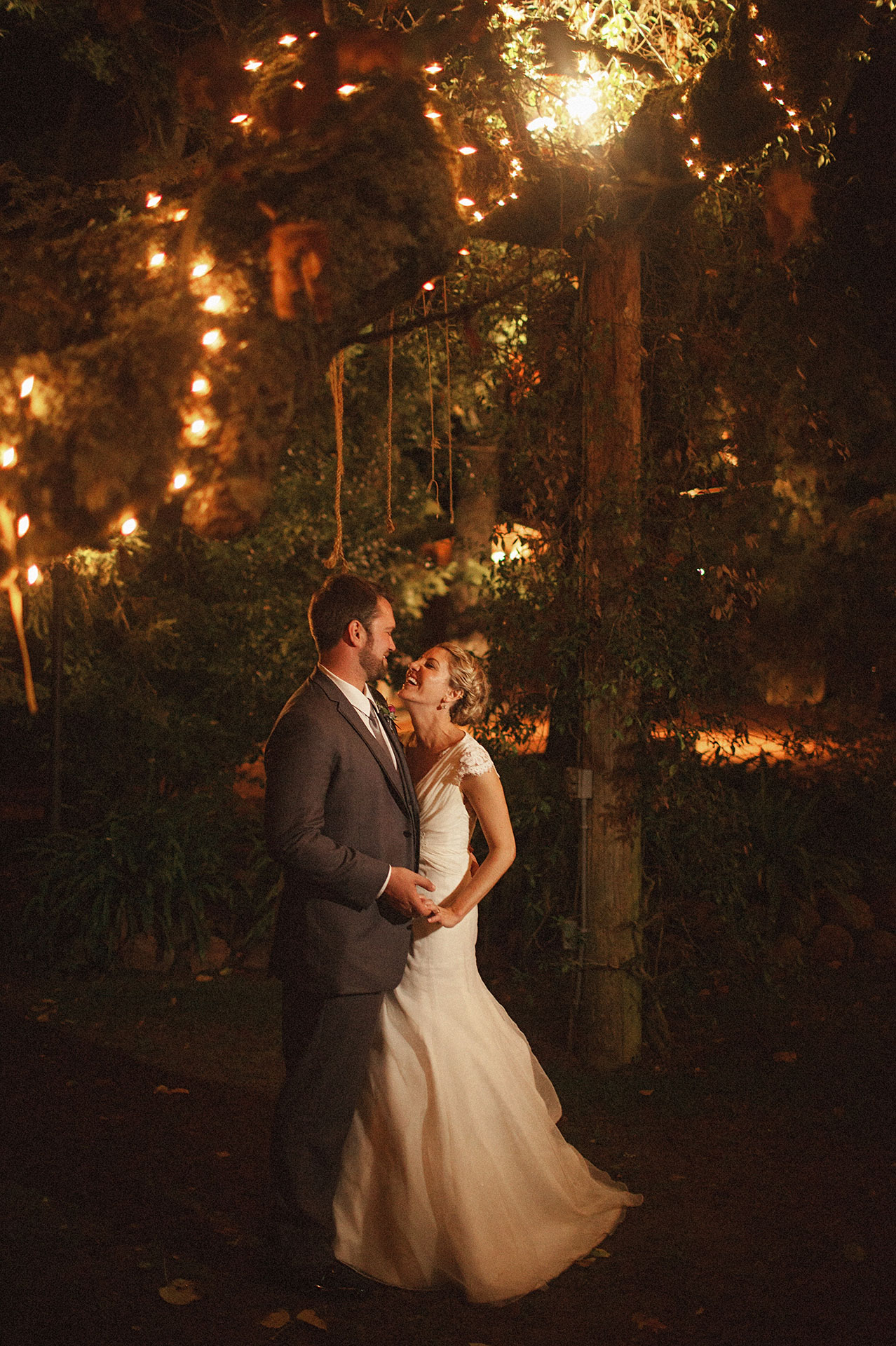 night time wedding photography at the vine hill house in sebastpol california by Heather Elizabeth Photography