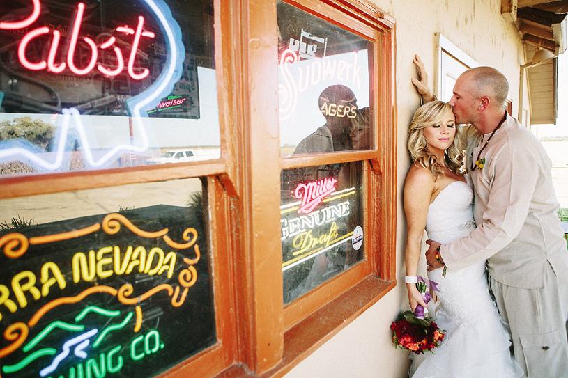 boho_hillbilly_country_chic_wedding_woodland_wedding025