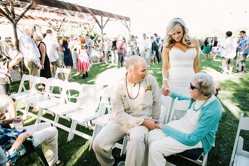 boho_hillbilly_country_chic_wedding_woodland_wedding030