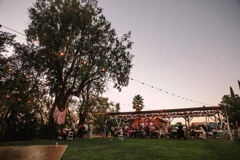 boho_hillbilly_country_chic_wedding_woodland_wedding045