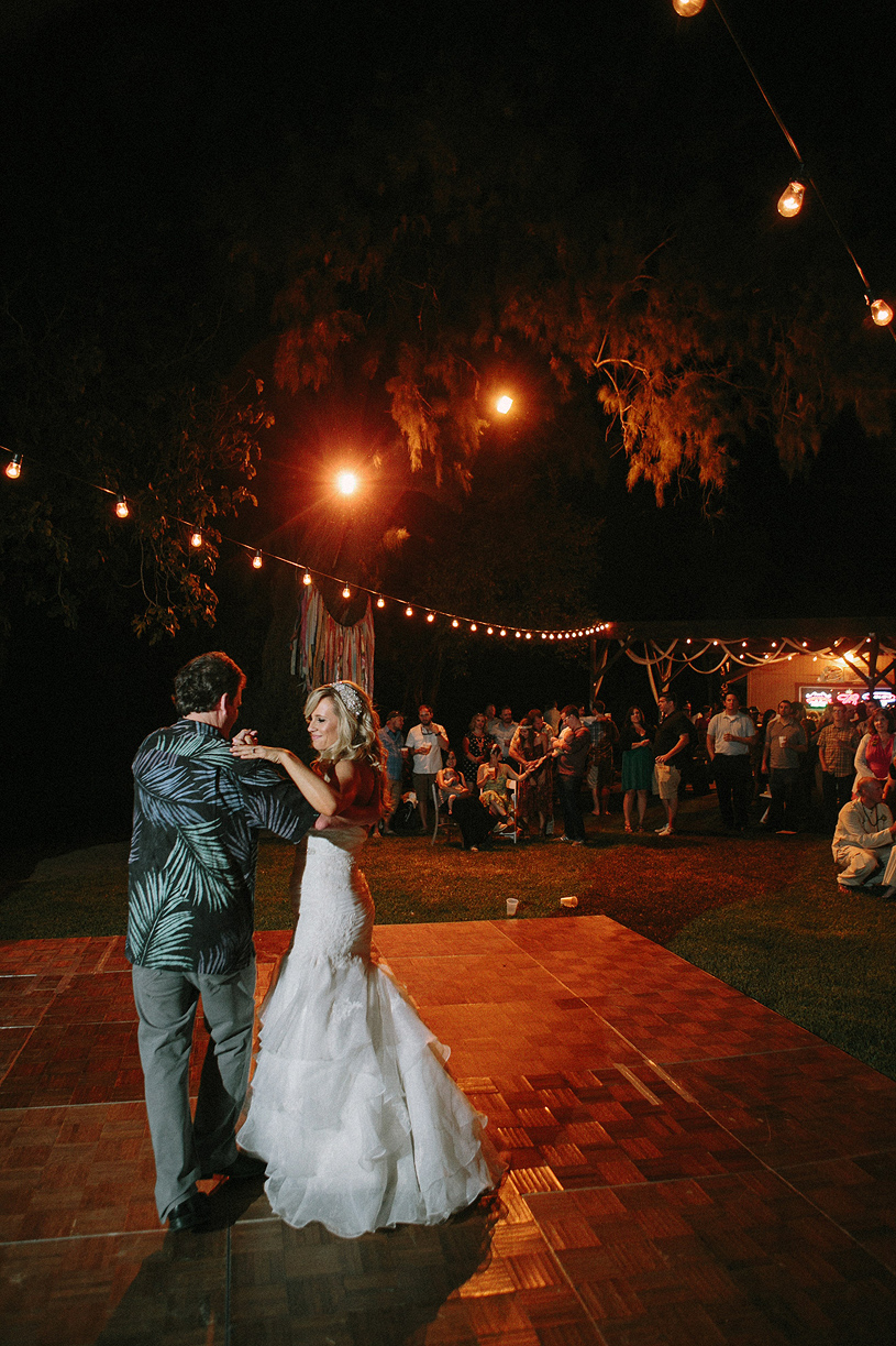 boho_hillbilly_country_chic_wedding_woodland_wedding053