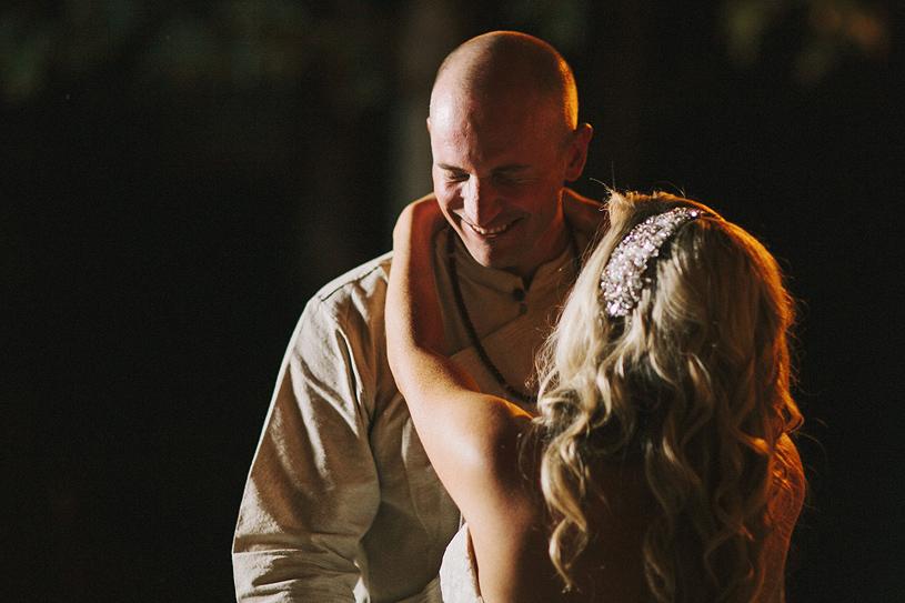 boho_hillbilly_country_chic_wedding_woodland_wedding058