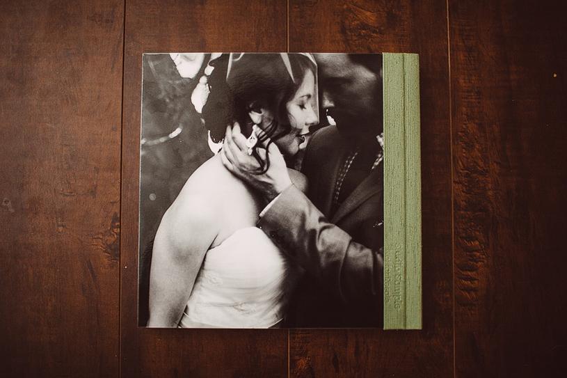 wedding_album_rustic_hollyfarm_wedding_carmel_heather_elizabeth_photography008