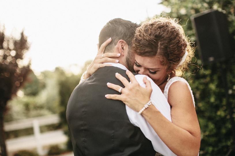 wedding_windmillridge_winery_vintage_chic033