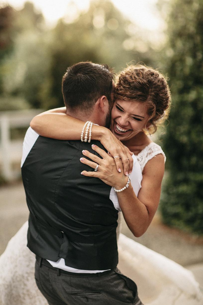 wedding_windmillridge_winery_vintage_chic035