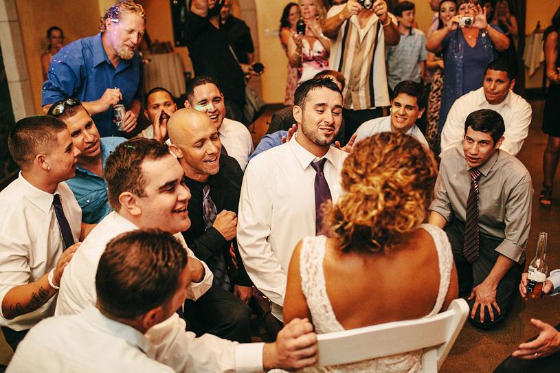 wedding_windmillridge_winery_vintage_chic052