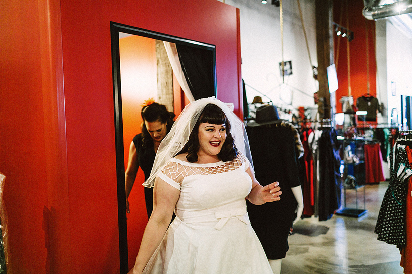 bettie-page-pinup-bride-elopement-swedenborgian-sanfrancisco012