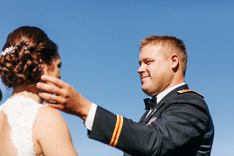 colorful-thomas-fogarty-winery-wedding026