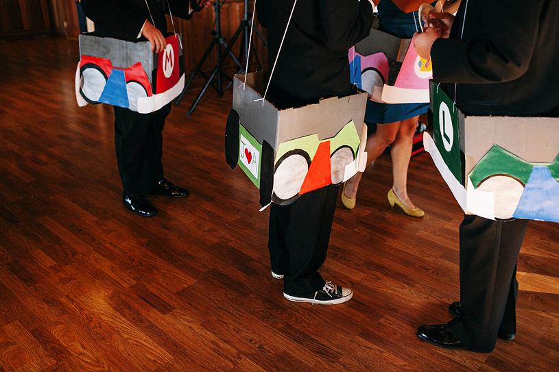 colorful-thomas-fogarty-winery-wedding040
