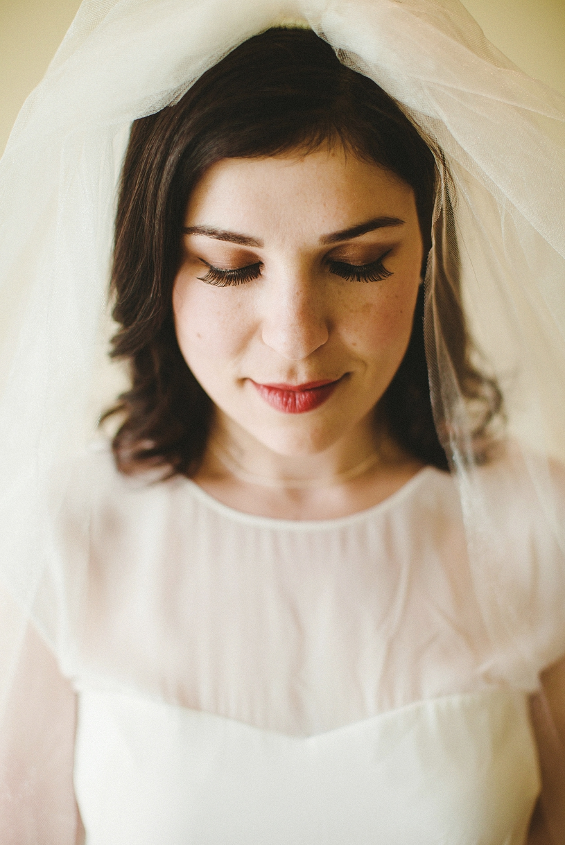 beautiful 60's inspired Mod bridal look from Modcloth