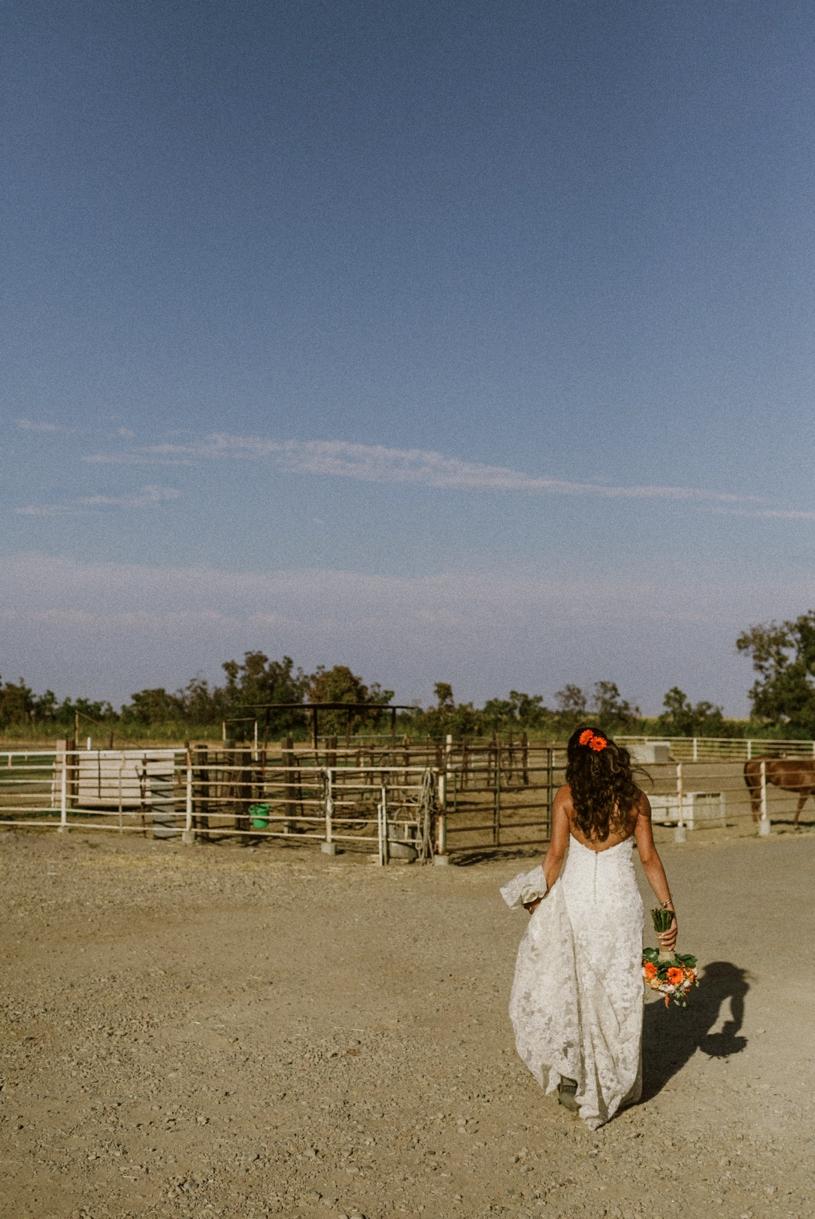 heather-elizabeth-farm-country-wedding18