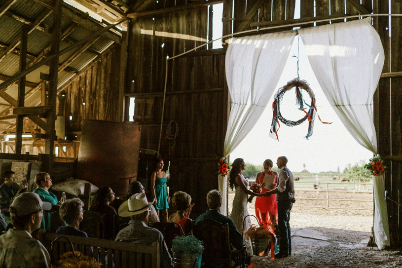 rustic real farm house wedding by heather elizabeth photography