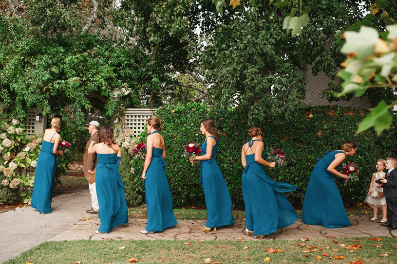 bridesmaids getting ready for a wedding ceremony at the vine hill house by heather elizabeth photography