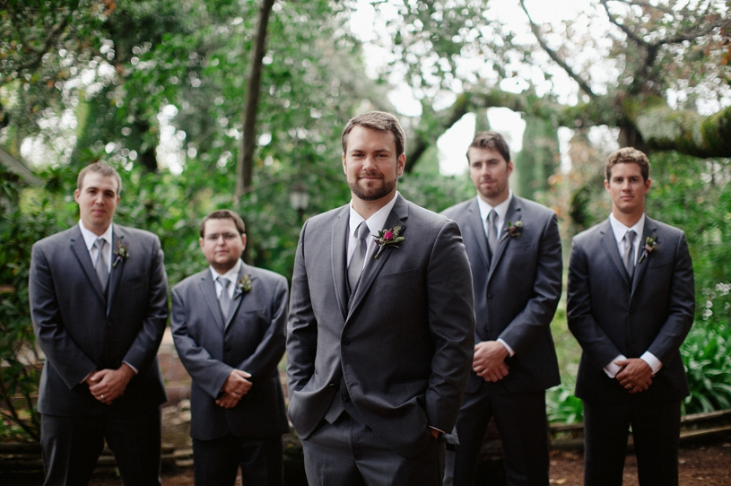 editorial groomsman photo at the vine hill house in sebaspol california by heather elizabeth photography