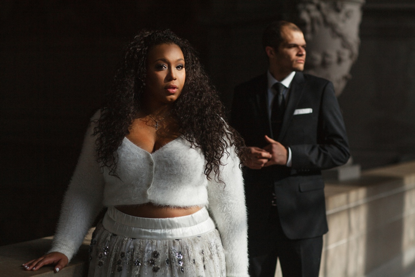 plus size bride wearing a crop top wedding gown at her wedding at historic san francisco city hall by heather elizabeth photography
