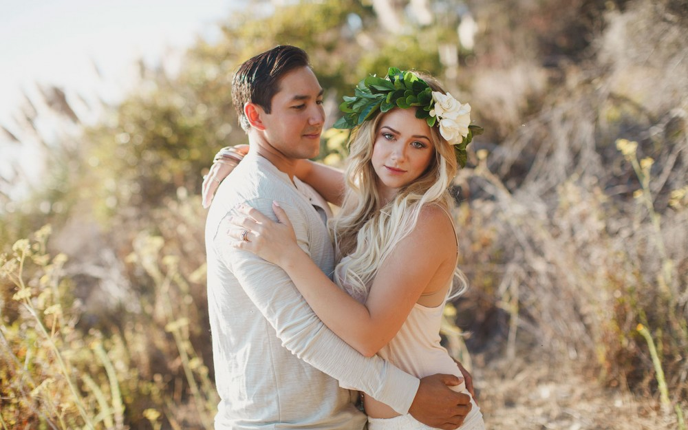 Bohemian styled engagement in Big Sur with floral crown by Freckled Floral by Heather ELizabeth Photography