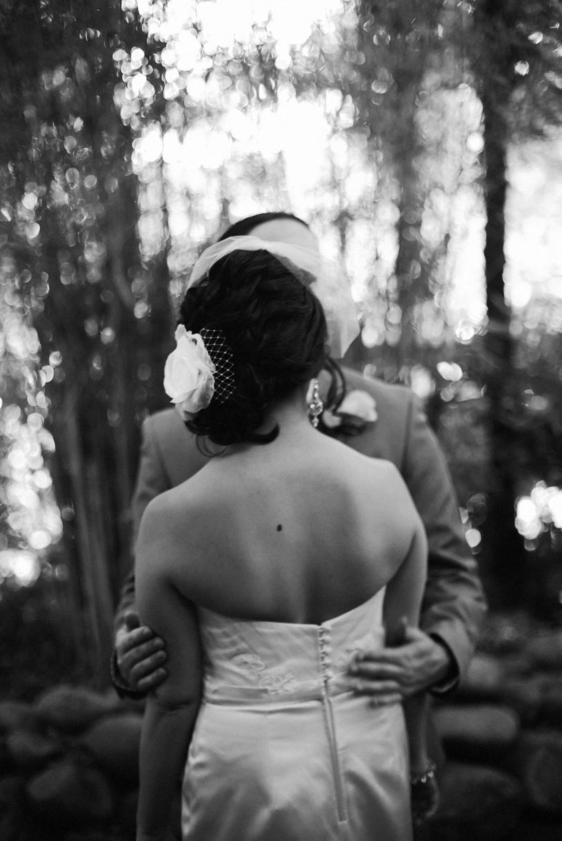 heather-elizabeth-holly-farm-wedding2