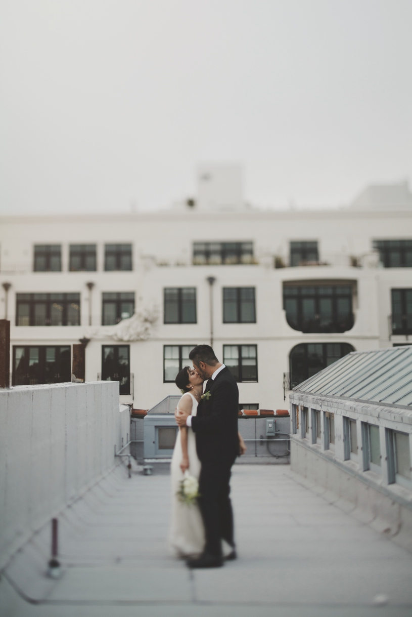 canon 45mm tilt-shift wedding portrait on a rooftop in san francisco by heather elizabeth photography
