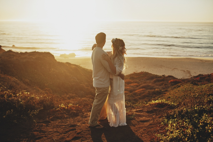 Big sur epic cliff bohemian bride engagement session by heather elizabeth photography