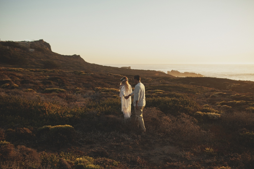 romantic epic landscape engagement session with a bohemian couple in Big Sur by Heather Elizabeth Photography