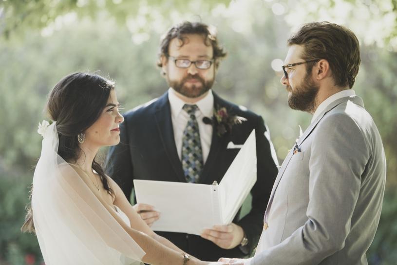 emotional wedding photography of a ceremony in sacramento california by heather elizabeth photography