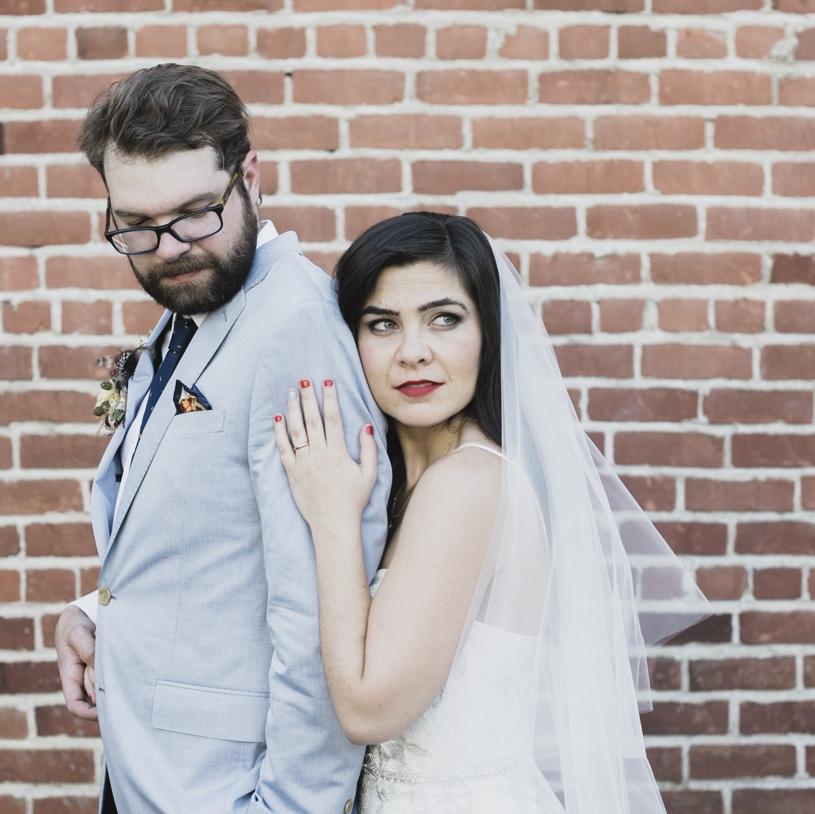 Antique Maison Privee wedding in Downtown Sacramento by wedding photographer Heather Elizabeth