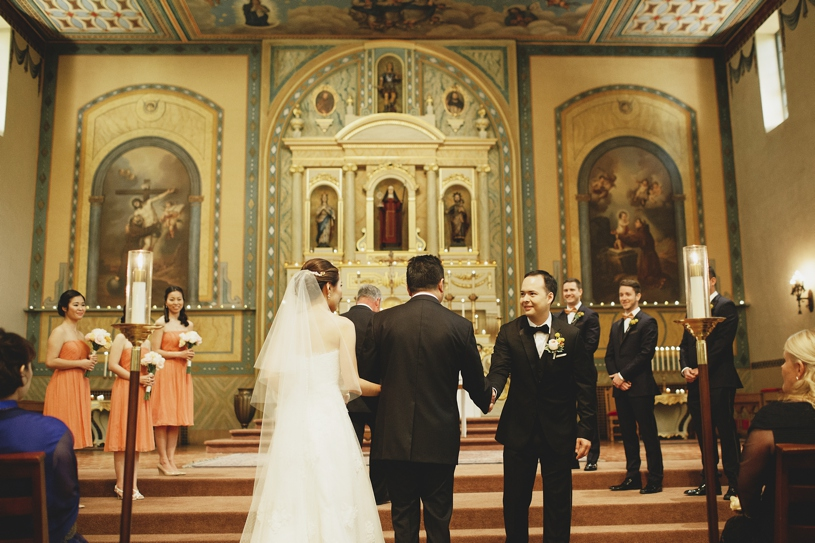 wedding ceremony at Mission Santa Clara by Heather Elizabeth Photography
