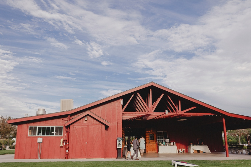 wedding reception at the williams barn in san carlos California by Heather Elizabeth Photography