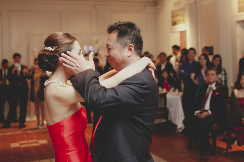 emotional father daughter dance at the adobo lodge in santa clara by heather elizabeth photography