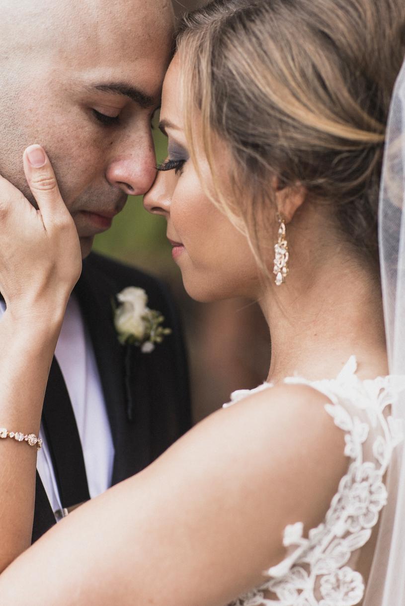 15heatherelizabeth-palm-event-center-baseball-wedding