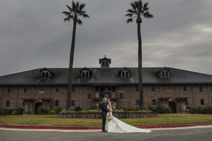 8heatherelizabeth-palm-event-center-baseball-wedding
