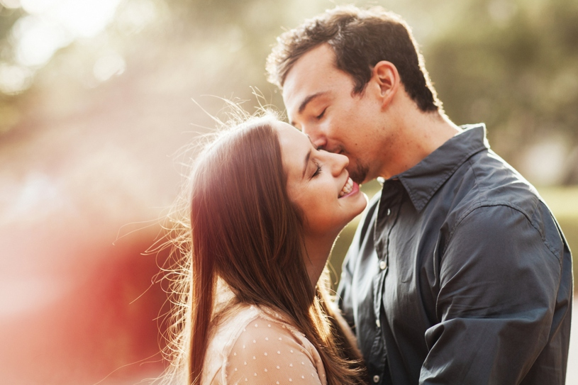 Sunlit candid engagement session at UC Berkley by Heather Elizabeth Photography