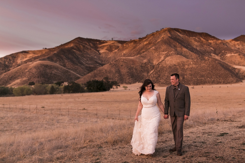 bar sz ranch wedding sunset photos by heather elizabeth photography