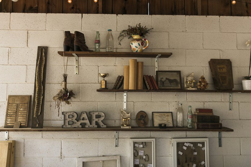 rustic country details at the Bar SZ wedding venue photos