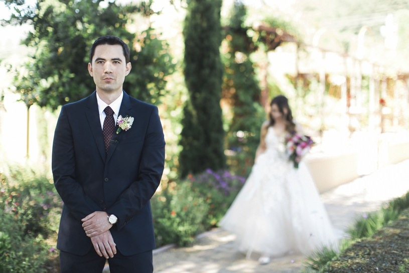 First look at a wedding at Regale Winery
