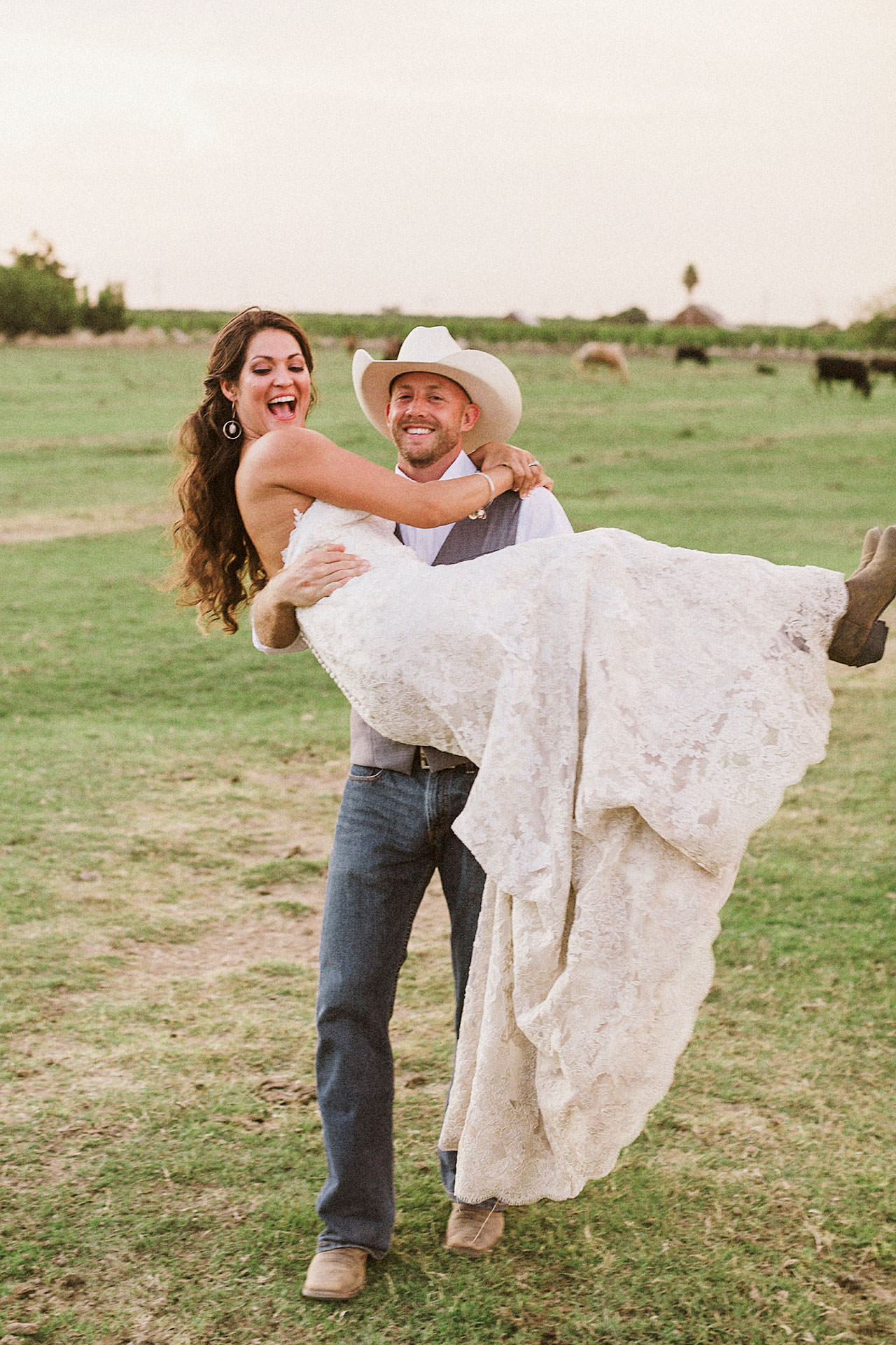 cowboy-western-ranch-rustic-wedding-pics