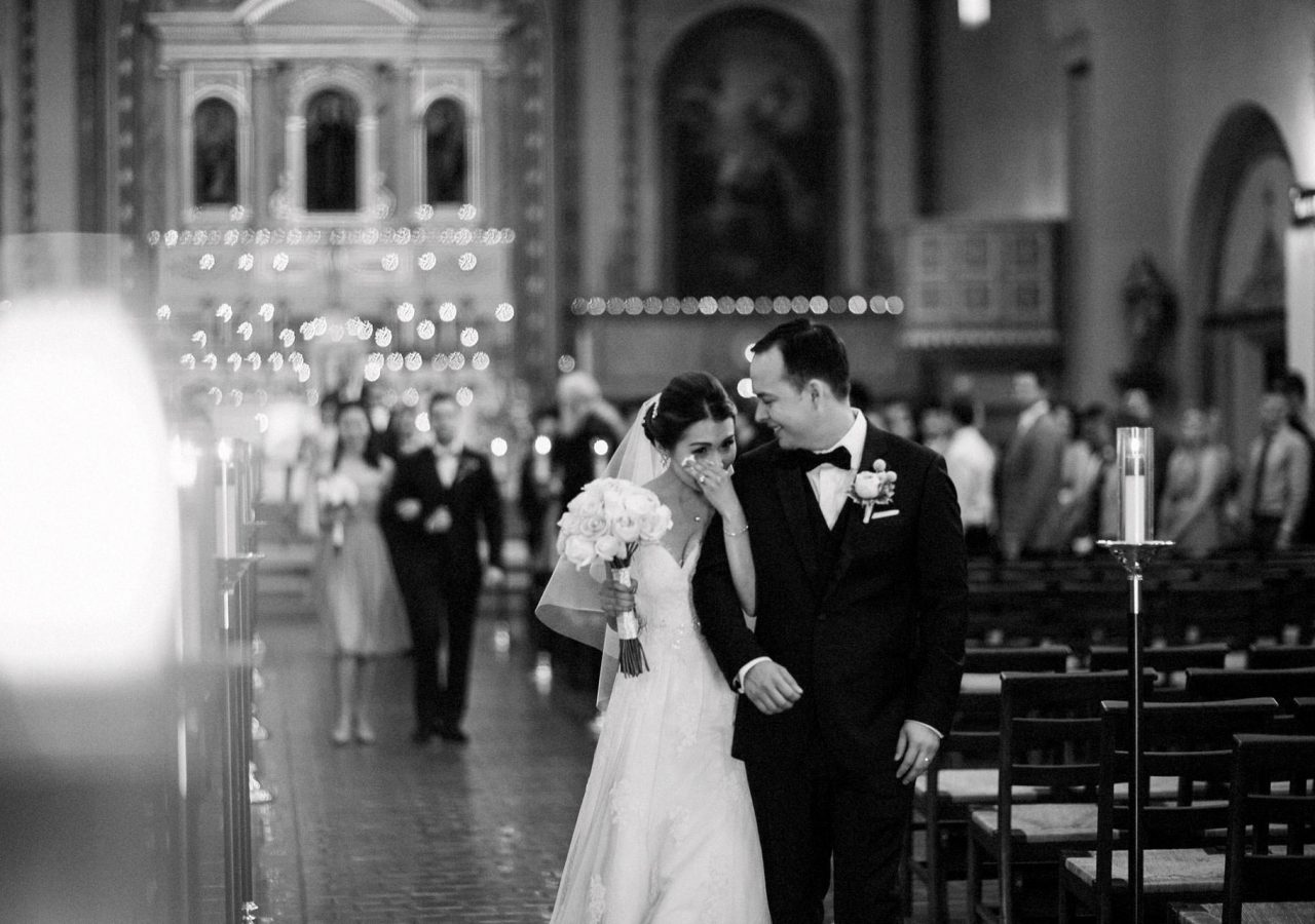 emotional wedding ceremony photography at a church in santa clara by heather elizabeth photography