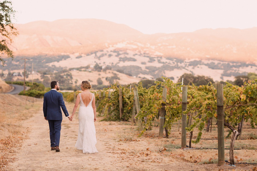 rustic wedding at the Nelson Family Vineyards